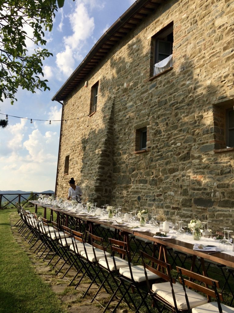 Long wedding table in Umbria Italy